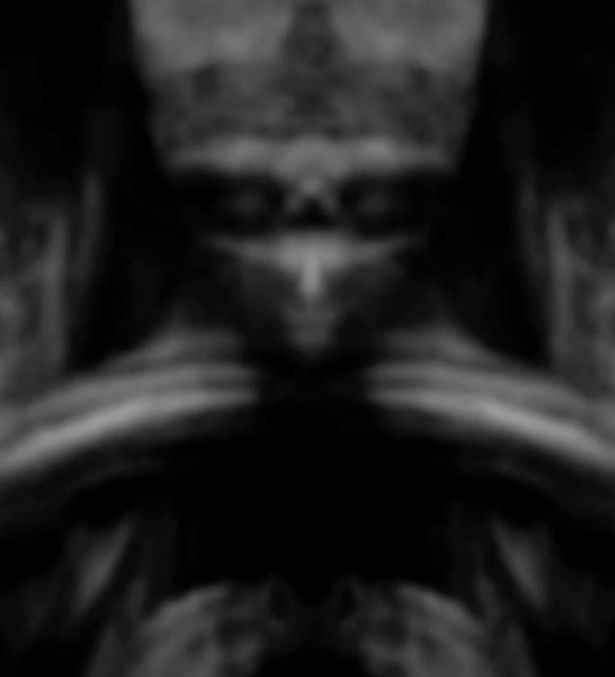 Mona Lisa to aliens