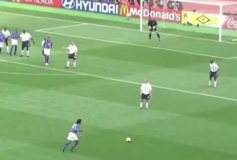 ronaldinho free kick goal vs eng 480x324