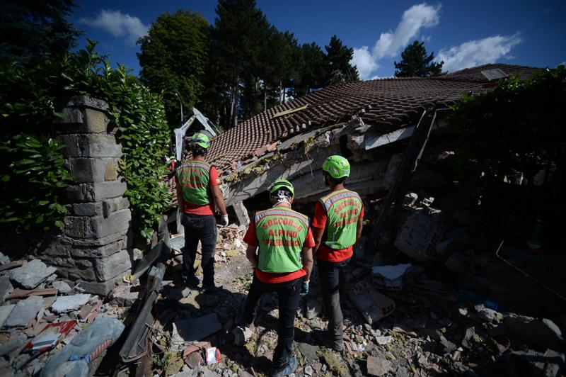 italia seismos8