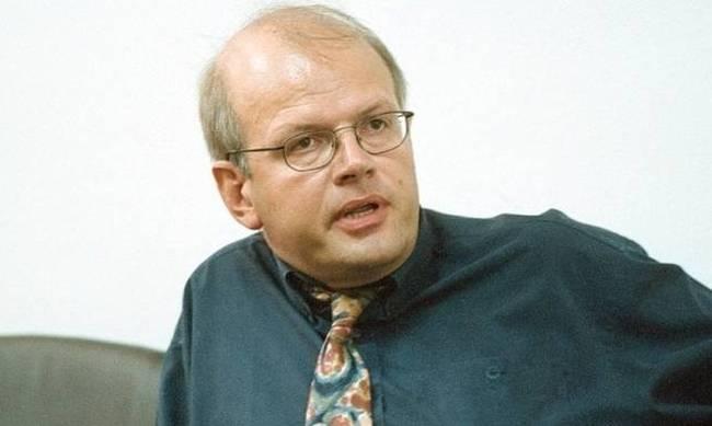 Akis Tselentis