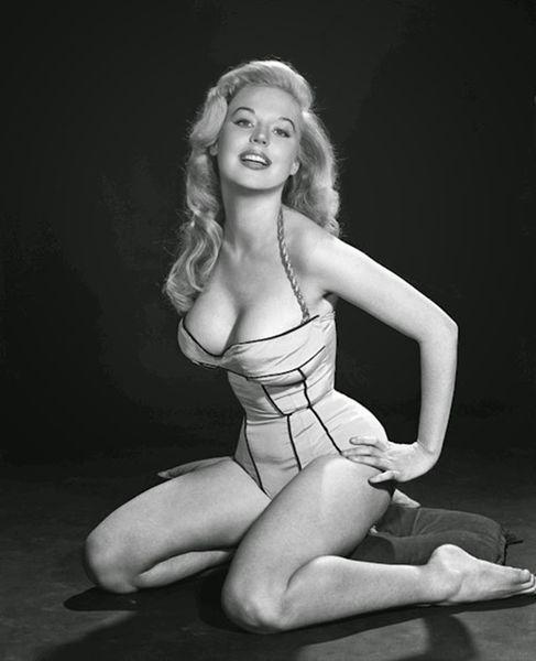 Betty Brosmer 12