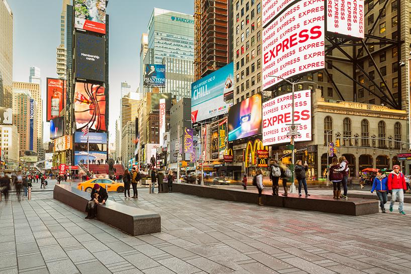 snohetta times square pedestrian plaza opens new york designboom 04