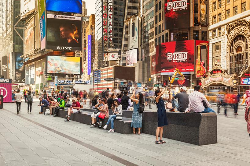 snohetta times square pedestrian plaza opens new york designboom 05