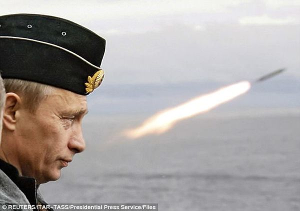 01EA764700000514 4462928 Baranetz also said Putin has developed nuclear missiles that can a 190 1493650644532