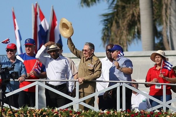 2017 05 01t161111z 353243037 rc1f636e6810 rtrmadp 3 may day cuba.jpg 231334169