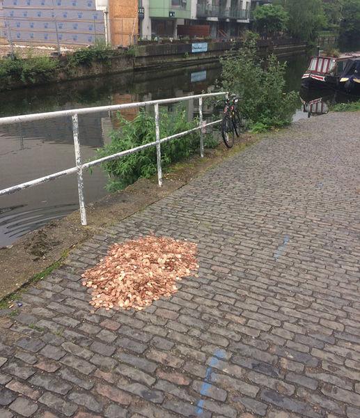 man leaves coins tweets jamahl mcmurran 1