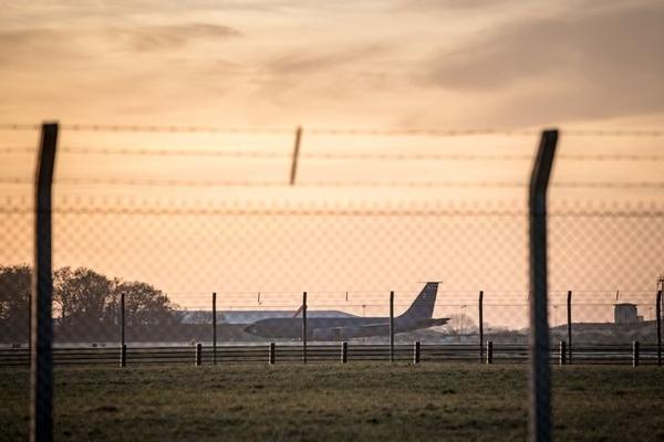 SWNS RAF MILDENHALL 003