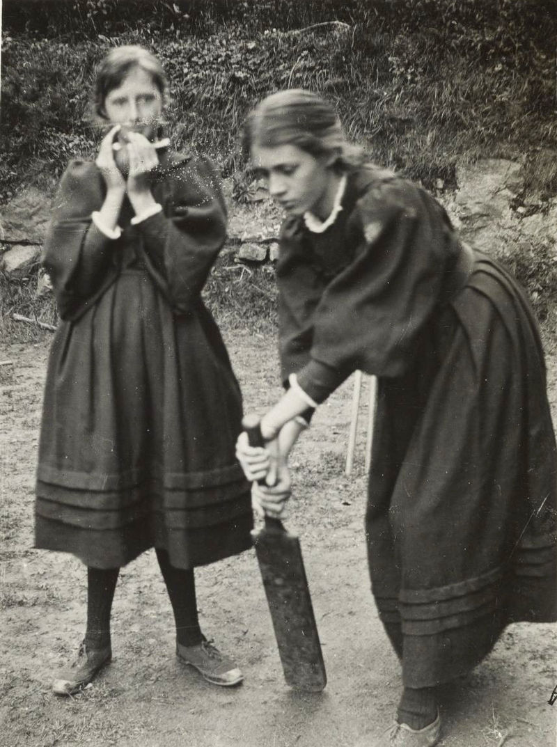 Virginia Woolf and Vanessa Bell children