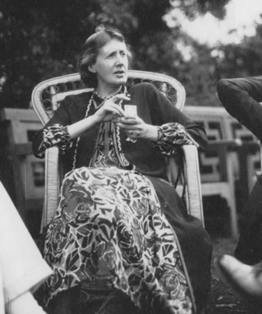 virginia woolf in her nicole groult dress at garsington