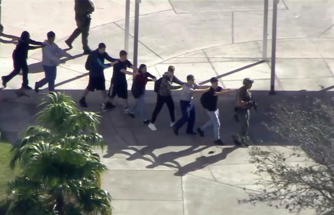 florida school shooting 03