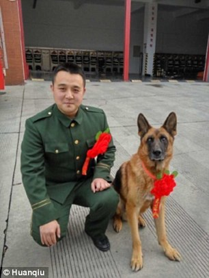 3AF74AAD00000578 3994776 He requested that his dog was also allowed to retire so they cou a 73 1480697043260