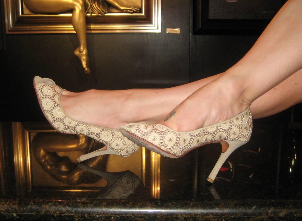 35 στρέμματα παπούτσια!