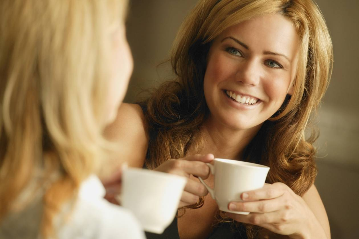 Η καφεΐνη επιδρά καλύτερα στον γυναικείο εγκέφαλο
