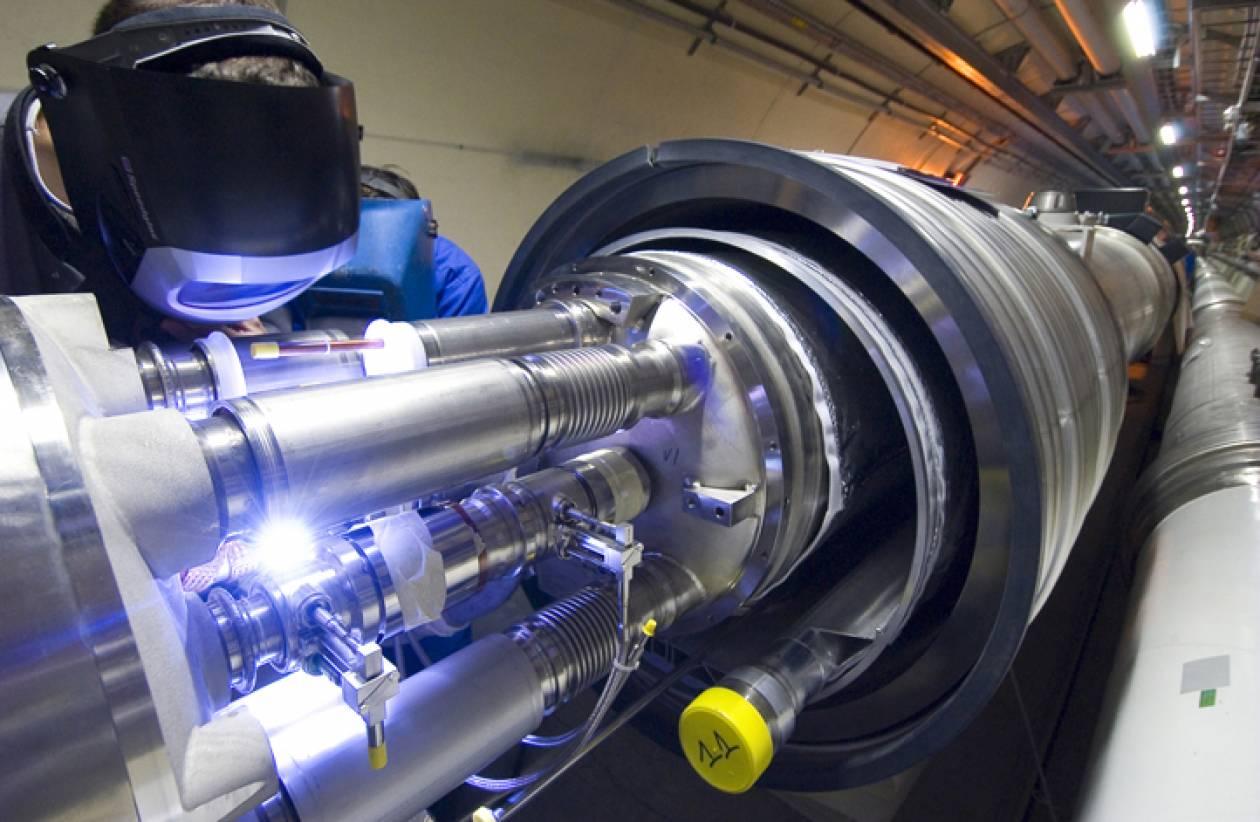 «Μαραθώνιος» για τον επιταχυντή του CERN