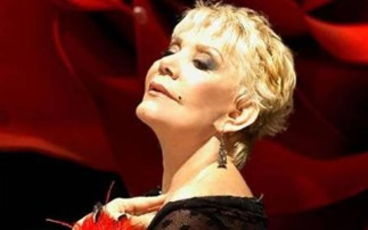 Μαρινέλλα: Επιστρέφει στην Αθήνα για τρεις παραστάσεις