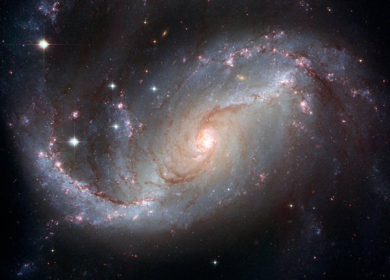 Επίπεδο και 250 φορές μεγαλύτερο το Σύμπαν ;