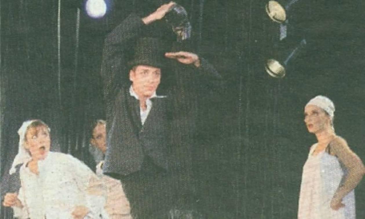 """Αντώνης Κοσμαδάκης : Ένας Κρητικός χορευτής στο """"Moulin Rouge"""" με ρεκόρ Γκίνες"""