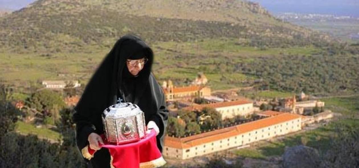Τρίζουν τα κόκκαλα του Αγ. Ραφαήλ στη Μυτιλήνη