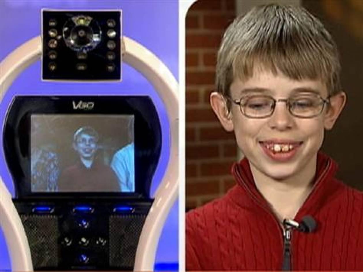 """Ένα Ρομπότ-Avatar """"οδηγεί"""" άρρωστο νεαρό αγόρι στο σχολείο"""