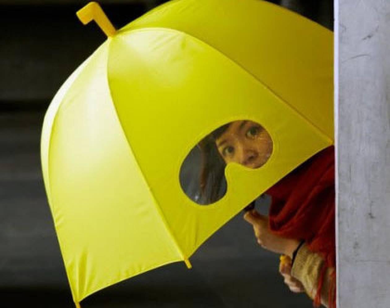Η ομπρέλα του αστυνόμου Σαΐνη