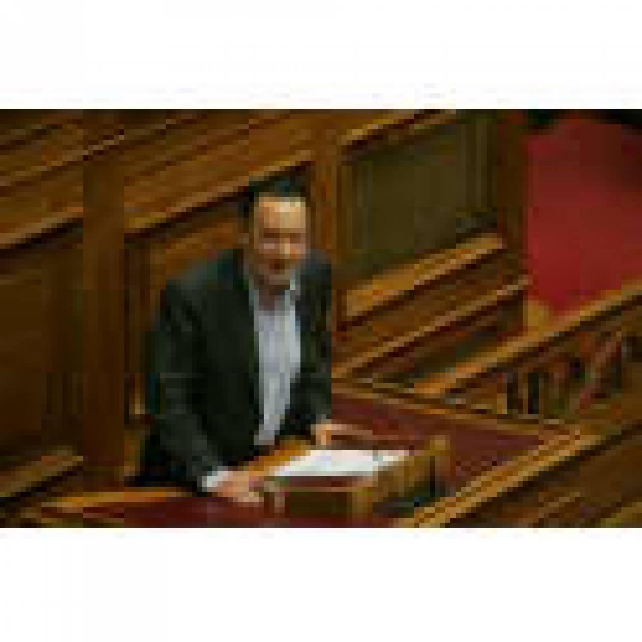 """Οι """"αγανακτισμένοι"""" δεν έχουν κομματική ταμπέλα κ. Λαφαζάνη"""