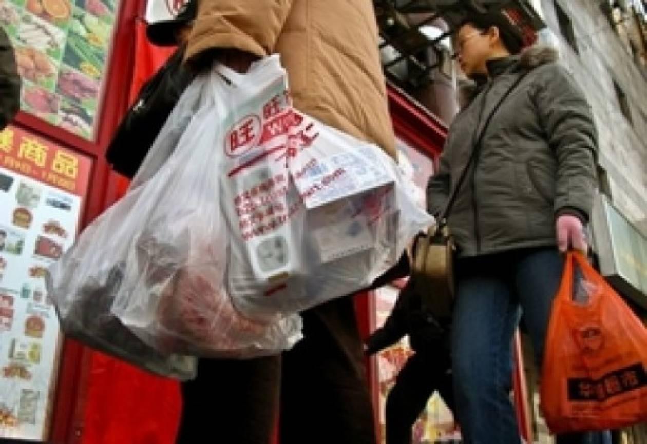 Φρένο στις πλαστικές σακούλες στην Κίνα