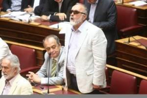 Δεν παραδίδει την έδρα λέει ο κ. Παναγιώτης Κουρουπλής