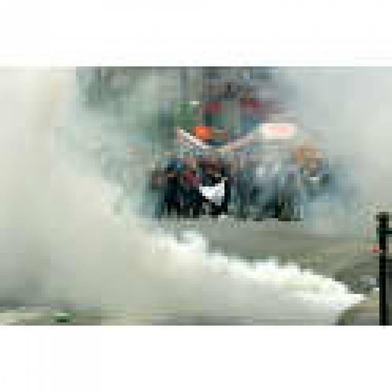 3.000 χημικά έπεσαν στο Σύνταγμα 28 και 29 Ιουνίου!