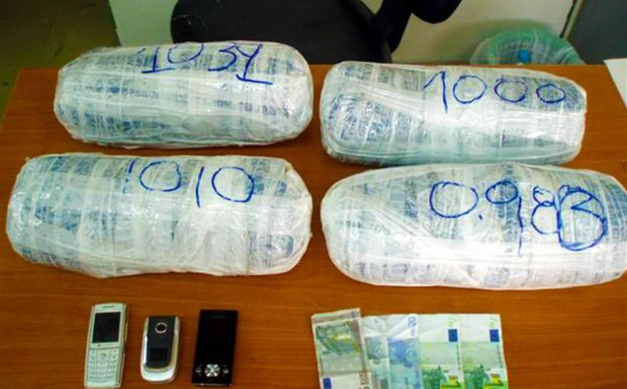 """Σύλληψη  """"σπείρας""""  εμπόρων ναρκωτικών"""