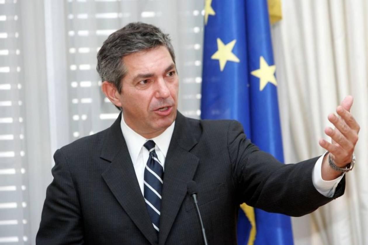Στ. Λαμπρινίδης: Να δοθεί έμφαση στην ανάπτυξη
