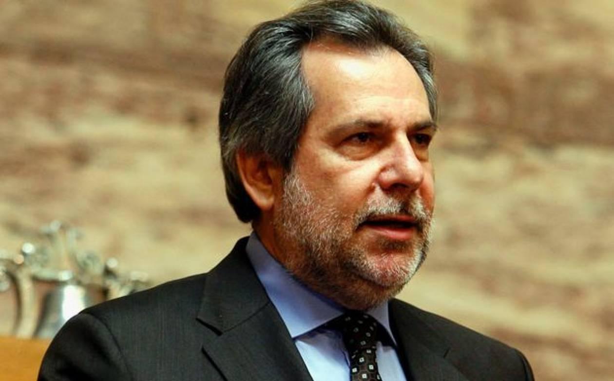 Χ. Παπουτσής: «Ανεύθυνοι όσοι ζητούν εκλογές»