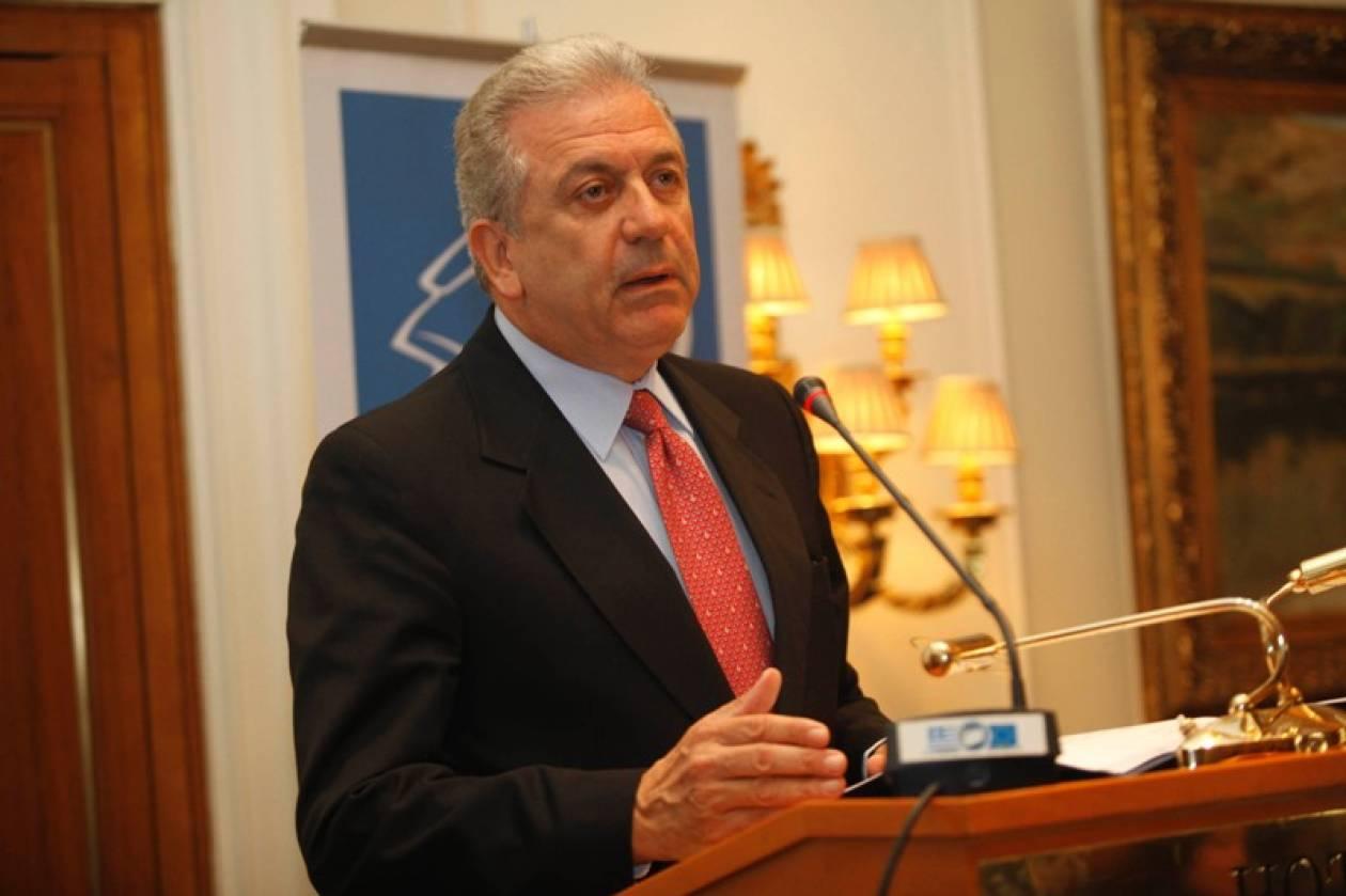 Σύγκλιση Εθνικού Συμβουλίου Εξωτερικής Πολιτικής ζητά ο Δ. Αβραμόπουλος