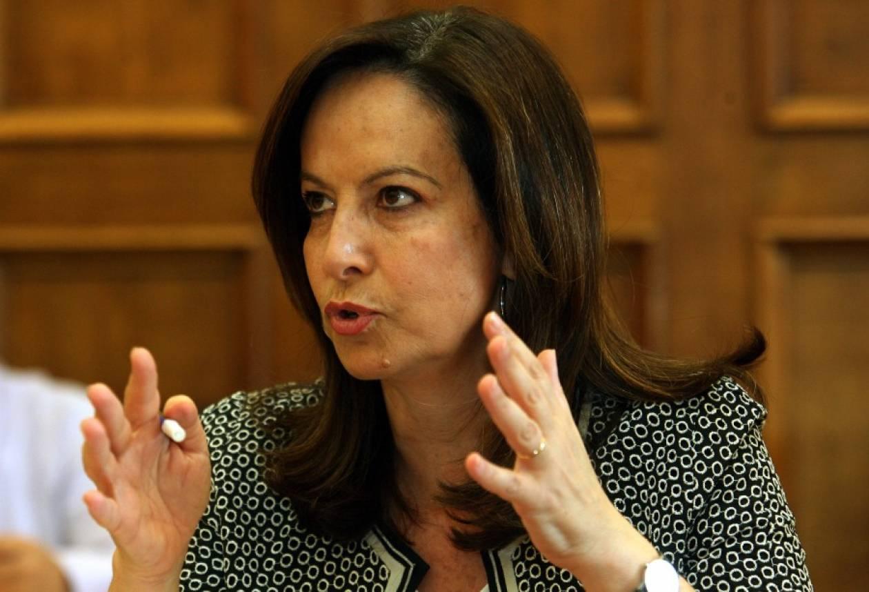 Μπελάδες με το νόμο αντιμετωπίζει η Άννα Διαμαντοπούλου