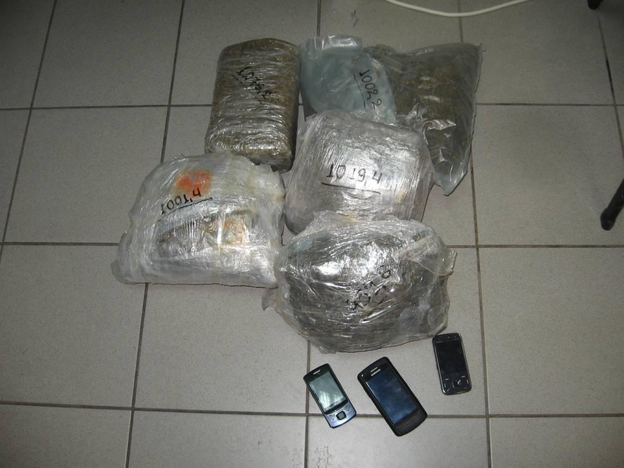 Άγρια καταδίωξη εμπόρων ναρκωτικών!