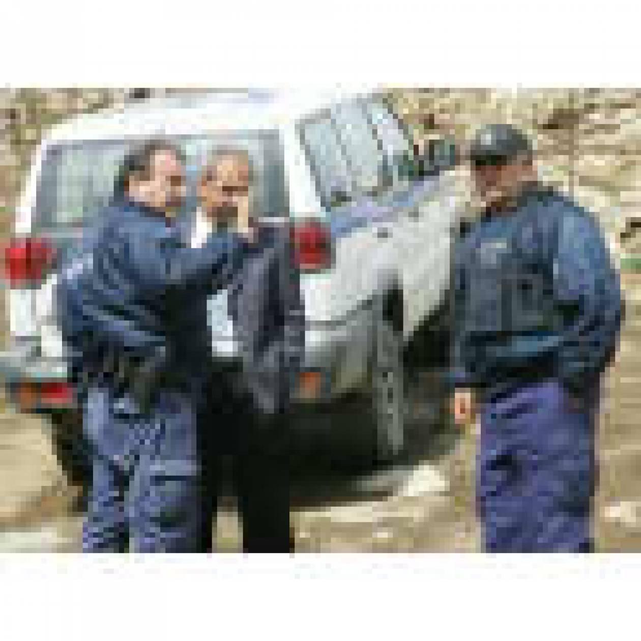 """""""Αγανακτισμένοι"""" κτηνοτρόφοι παίζουν ξύλο με αστυνομικούς στην Κρήτη!"""