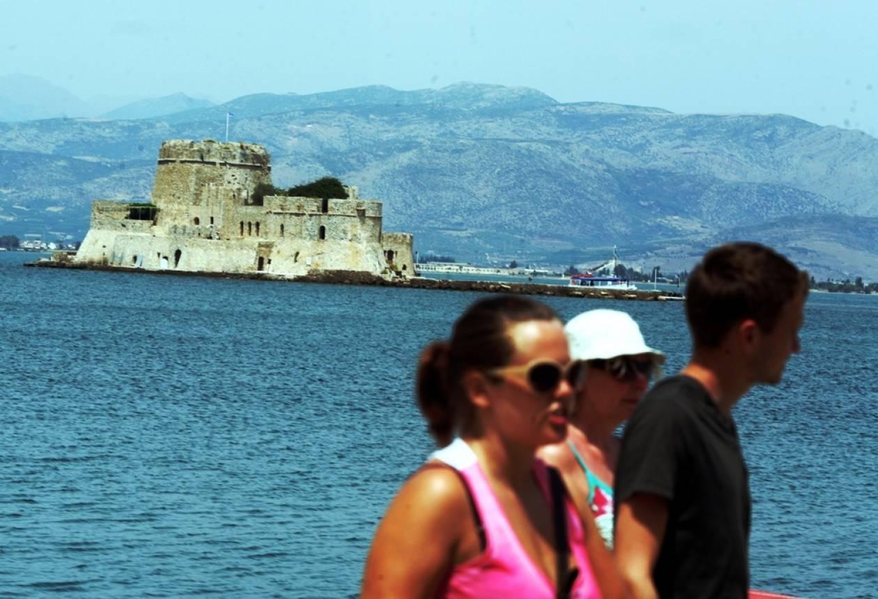 Μαύρο καλοκαίρι για τον τουρισμό