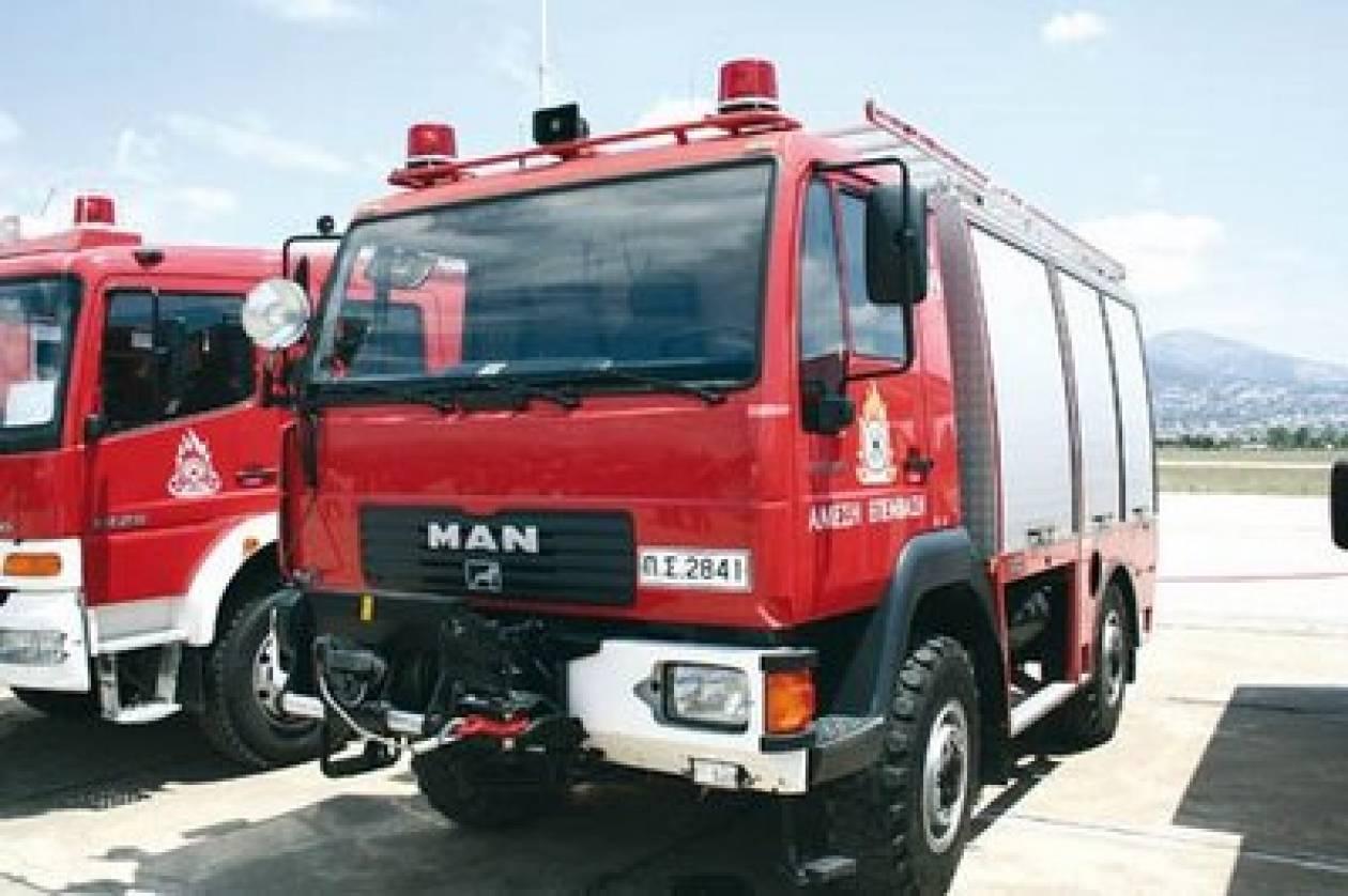 Ζητούνται 4.000 πυροσβέστες