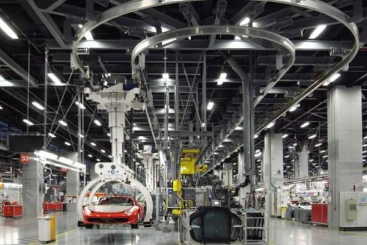 Στα άδυτα του εργοστασίου της Ferrari