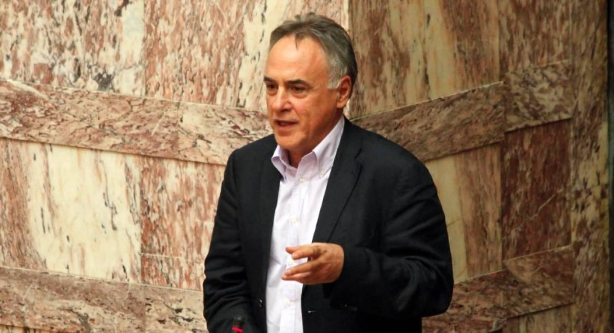 Ν. Τσούκαλης: «Ο Έλληνας βουλευτής στοιχίζει αρκετά στο δημόσιο»