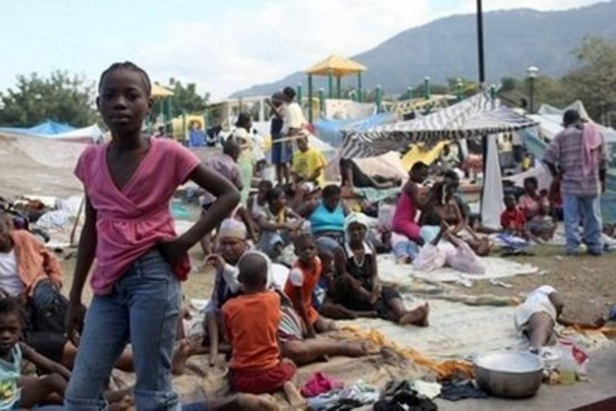 Αϊτή: Χωρίς νερό και φαγητό 18 μήνες μετά το σεισμό
