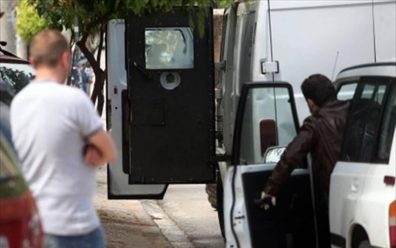 Λεία 830.000 ευρώ από ενέδρα σε όχημα χρηματαποστολής