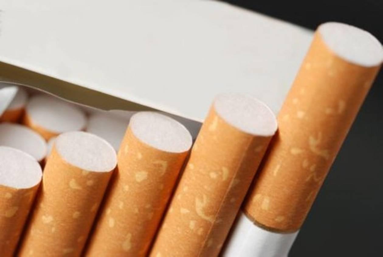 Έκρυβαν χιλιάδες πακέτα λαθραίων τσιγάρων στο τροχόσπιτο