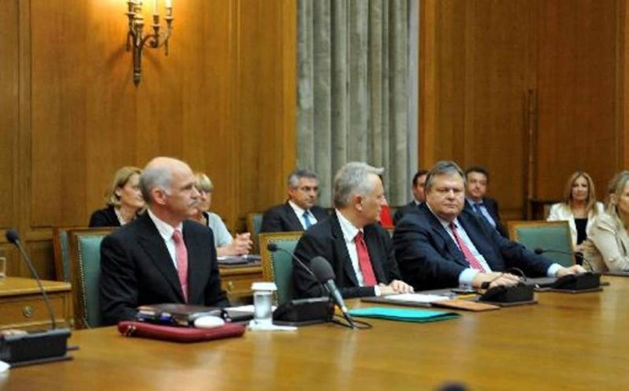 Ομόφωνη απόφαση μετά το εφτάωρο υπουργικό συμβούλιο