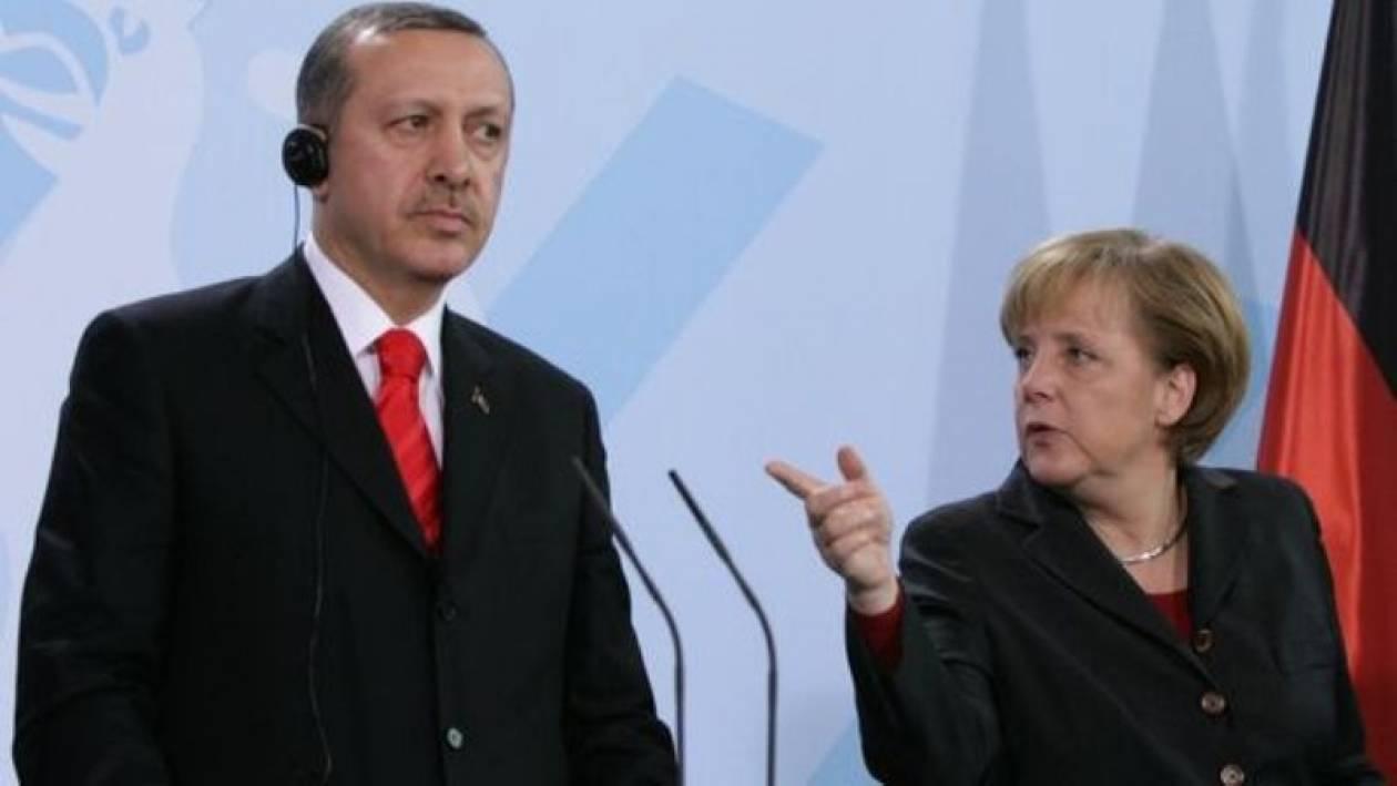 Σε τεντωμένο σκοινί οι σχέσεις Ερντογάν-Μέρκελ
