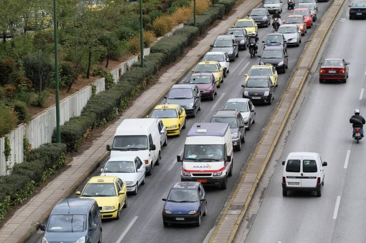 Μετ' εμποδίων η κίνηση στην έξοδο της Αθηνών-Κορίνθου