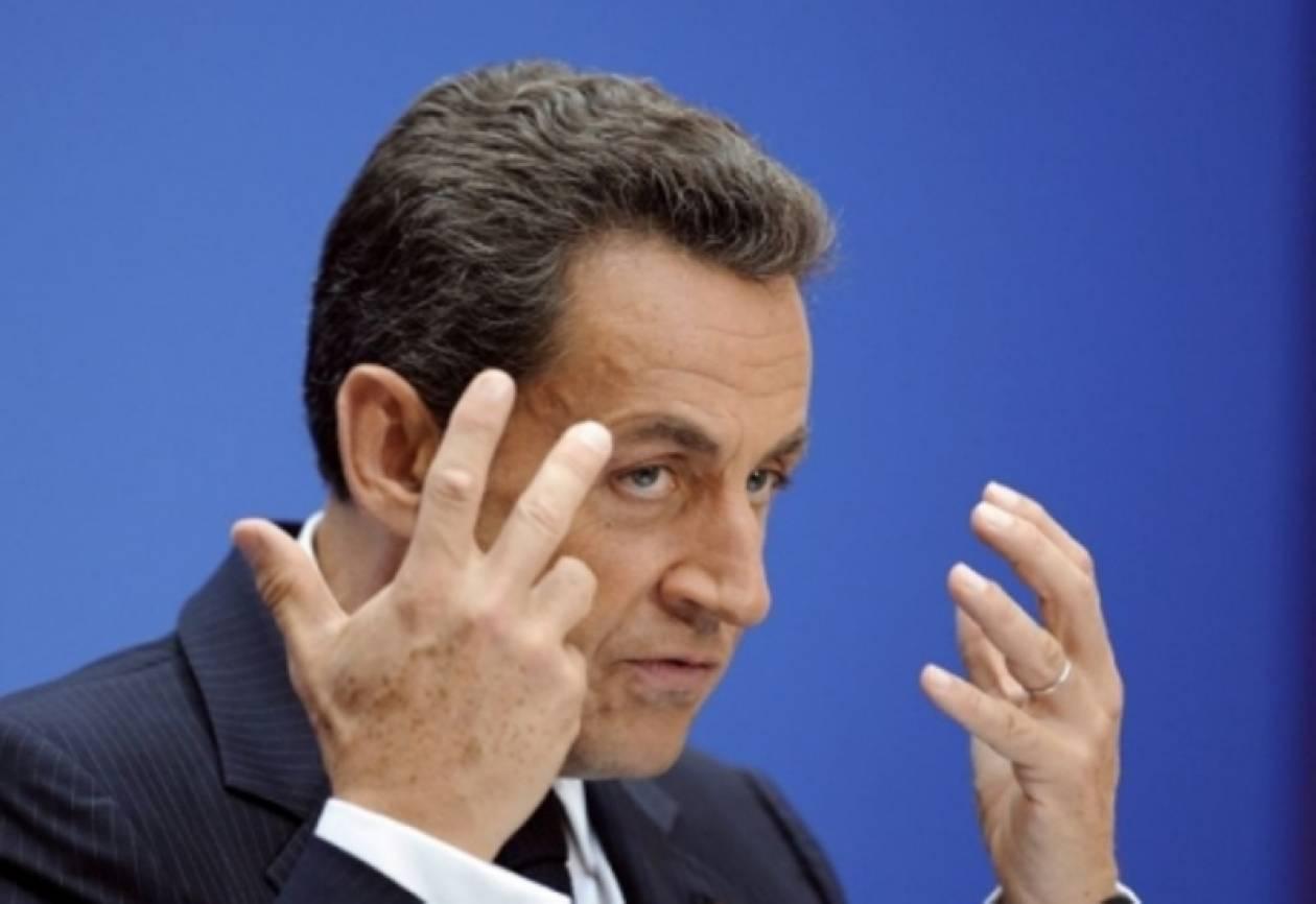 Σαρκοζί: «:Όχι στη διαπραγμάτευση με τους Έλληνες»