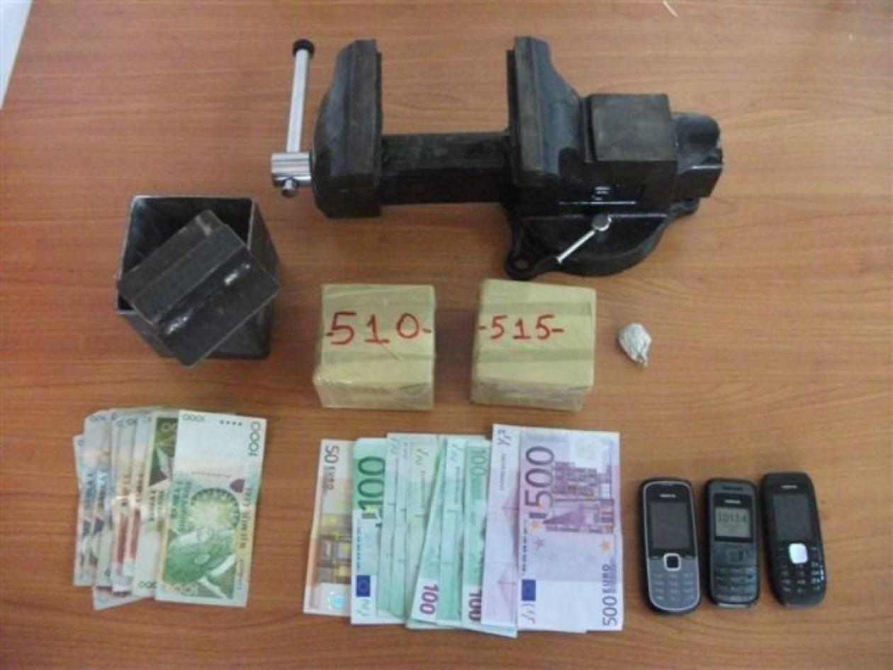 «Χειροπέδες» σε Αλβανούς έμπορους ναρκωτικών