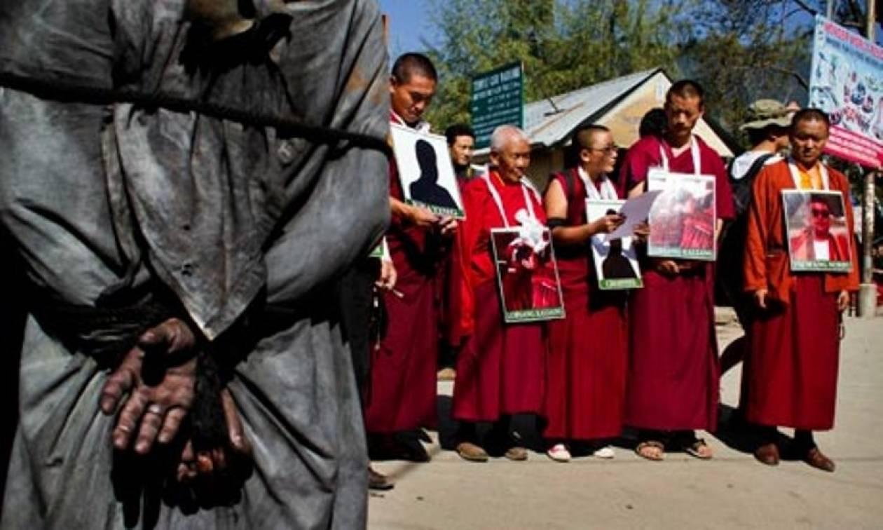Αυτοπυρπολήθηκε Θιβετιανός εξόριστος στο Νέο Δελχί