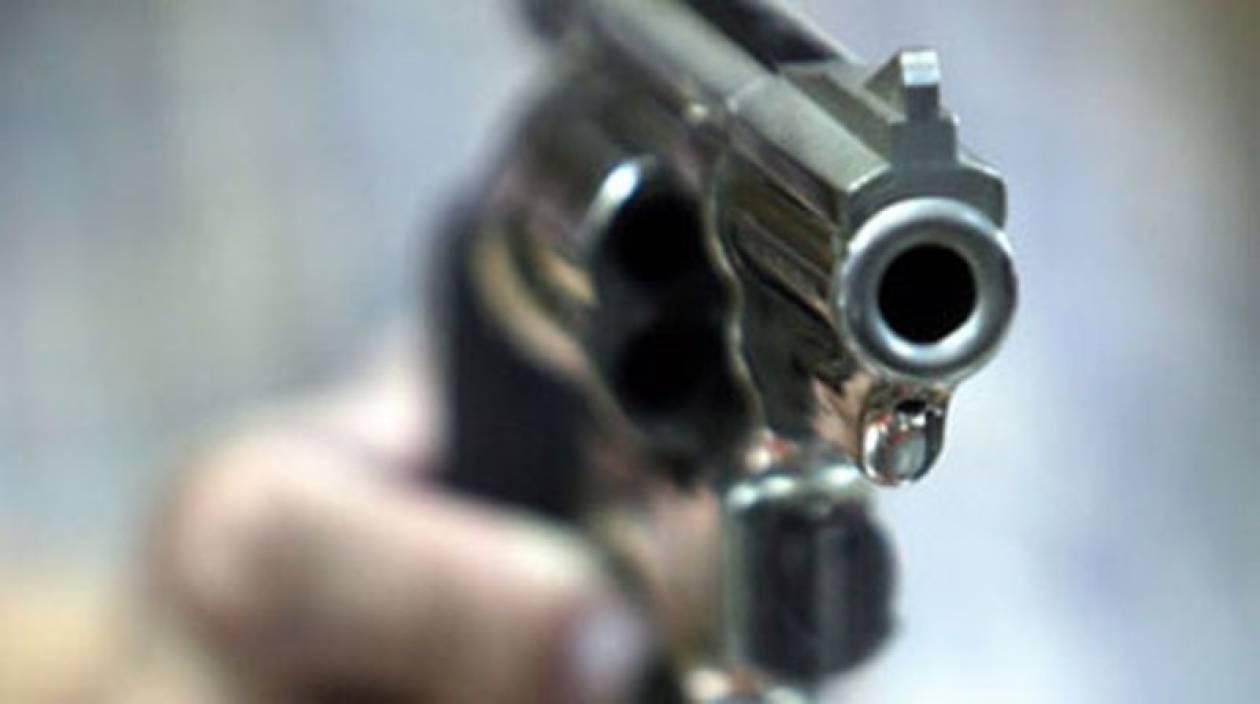 Ένοπλος έκανε «αγορές» από σούπερ μάρκετ