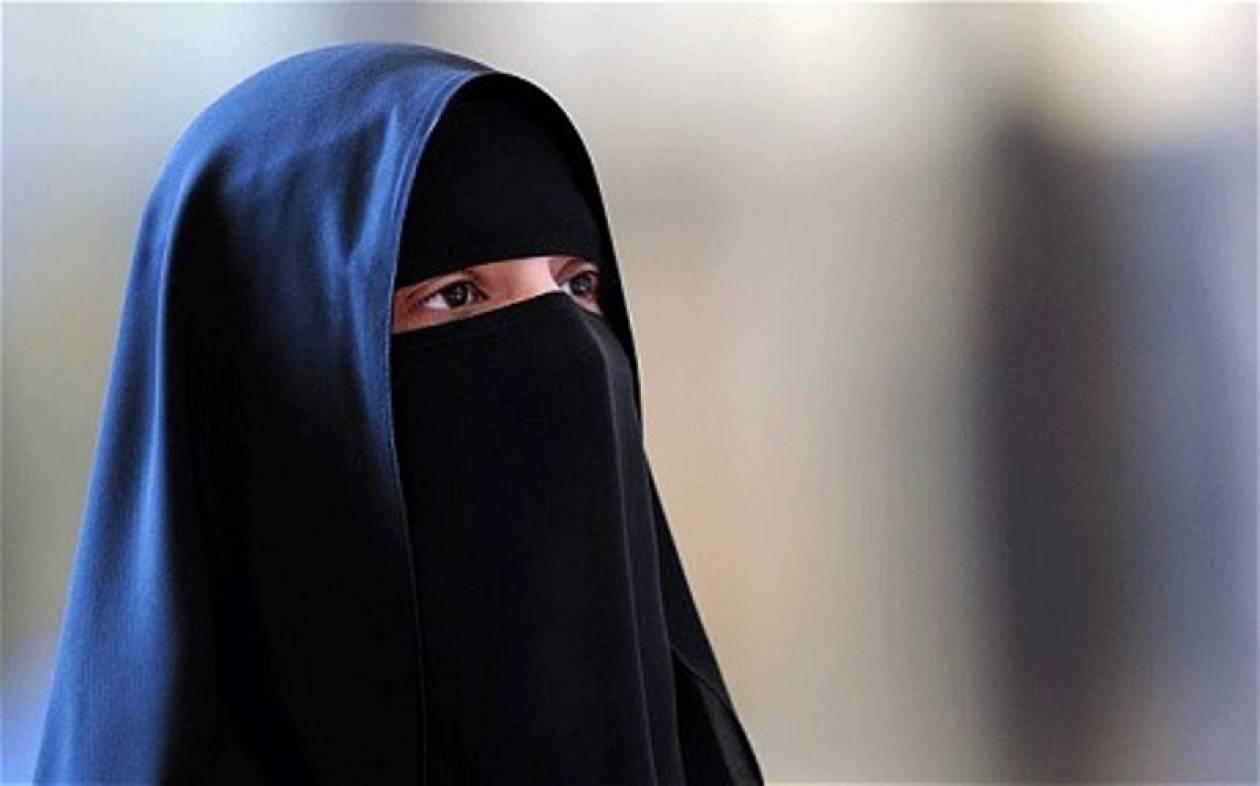 Απαγόρευσαν τον οδηγό  «ισλαμικού σεξ»
